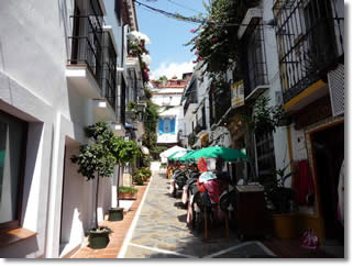 Marbella Town Center - Holidays with Rent In Marbella Villas and Apartments